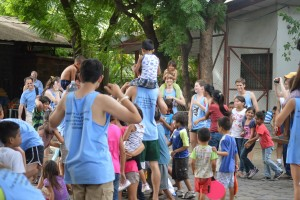 playing games with the children of the dump