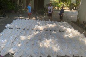 Salir al encuentro del necesitado — Recaudan alimentos en Manila para repartir entre los más necesitados